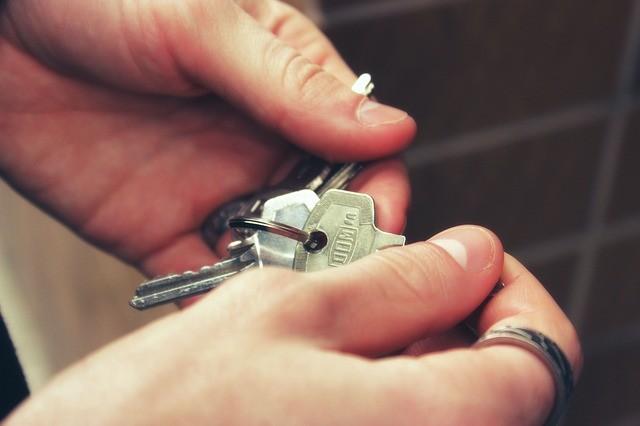 Real estate agencies