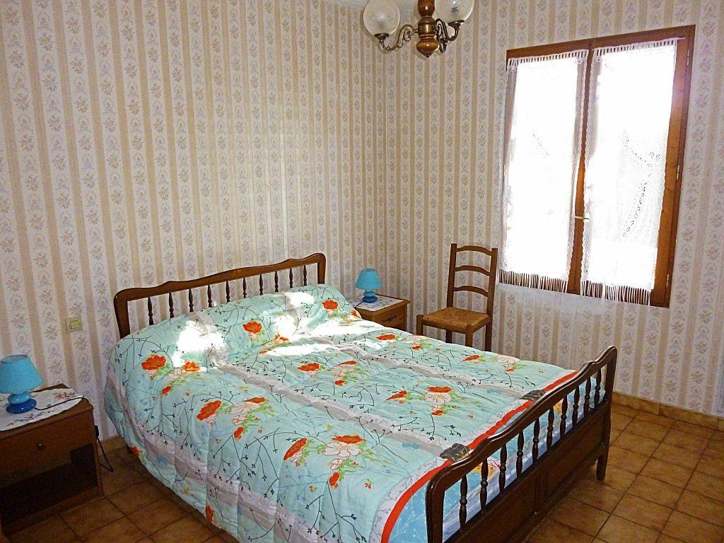 Aux quatre vents appartement n 2 1 chambre 4 personnes 3 for Chambre 4 personnes paris